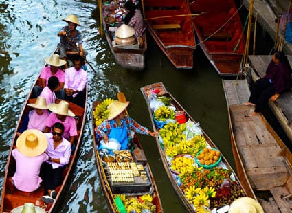 Floating-markets-Thailand