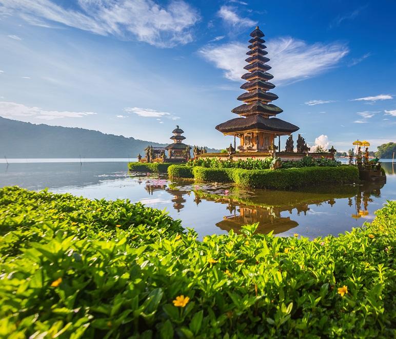 Pura Beratan Temple, Bali, Indonesia