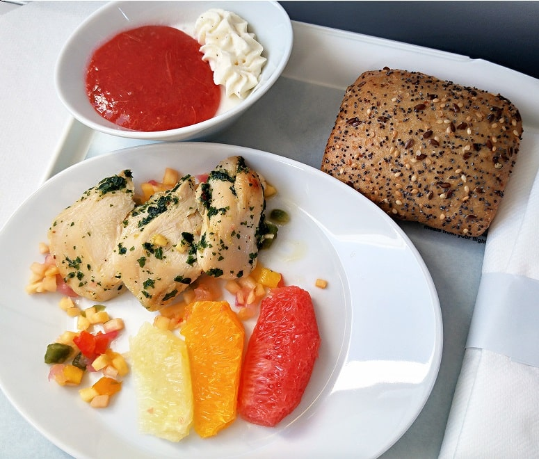 Business Class Vs First Class What S The Difference Netflights Com Blog