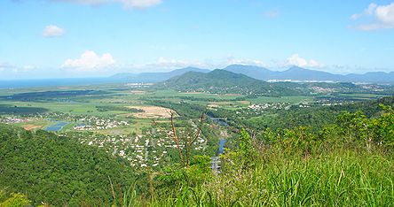 A view of grassy mountains in Cairns