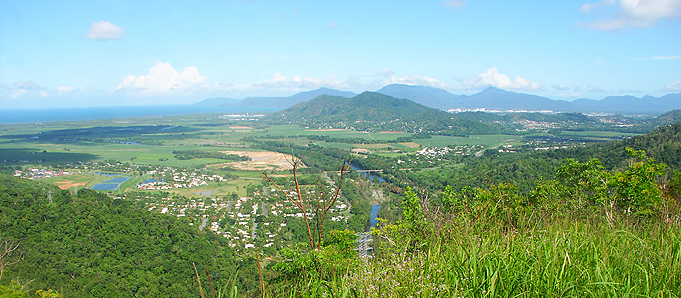 Grassy mountains in Cairns