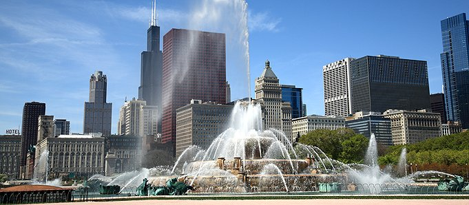 An image of a fountain in Chicago