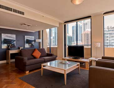 Seasons Harbour Plaza Sydney Suite