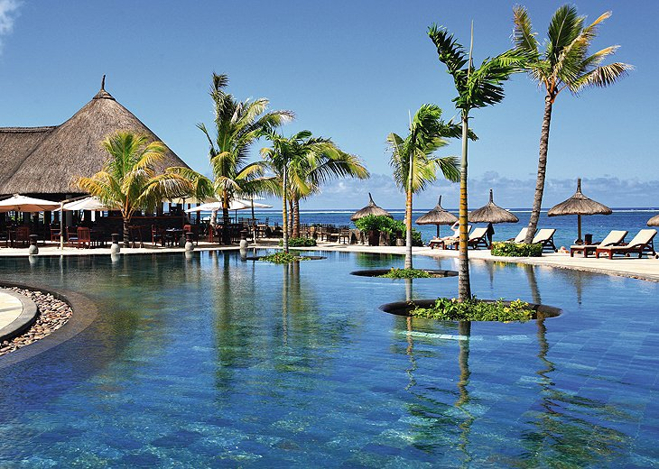 Cheap holiday deals at heritage awali mauritius with for Cheap spa resort packages