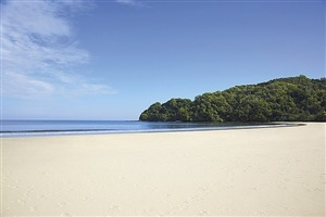 Shangri-La's Rasa Ria Resort private beach