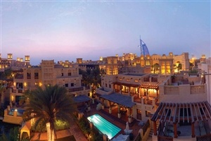 Jumeirah Dar Al Masyaf Madinat Jumeirah by night