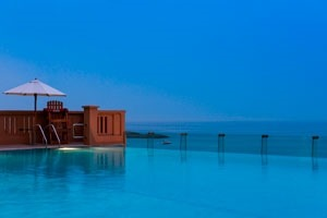 Infinity pool at Sofitel Dubai