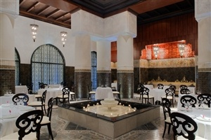 Dining options at Jumeirah Zabeel Saray