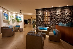 La Pirogue Resort & Spa lobby