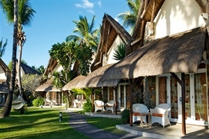 La Pirogue Resort & Spa accommodation