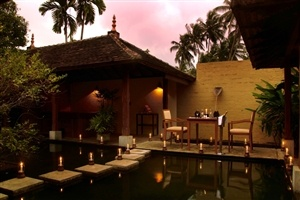 Private dining at Saman Villas