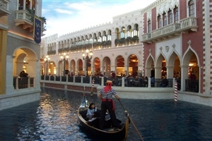 The Grand Canal in The Venetian Hotel