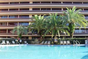 Rosen Inn at Pointe pool