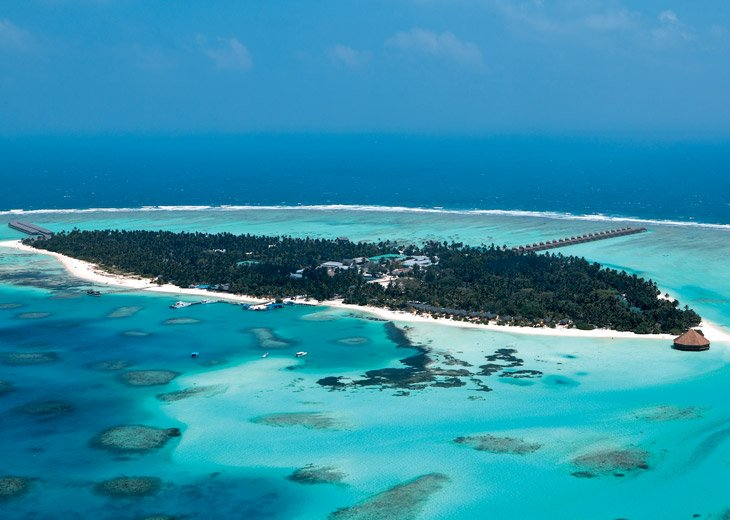 Download this Meeru Island Resort Maldives picture
