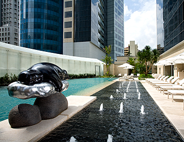 St Regis Singapore Pool