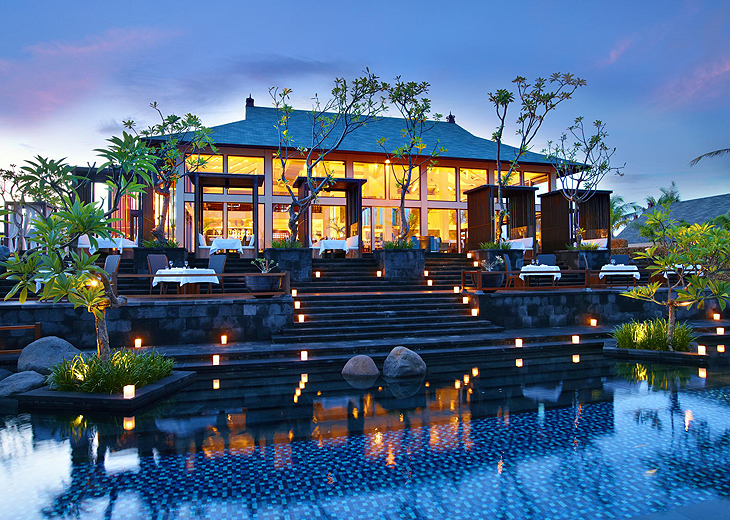 cheap holiday deals at st regis hotel bali with. Black Bedroom Furniture Sets. Home Design Ideas