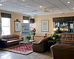 Econolodge Inn and Suites Lounge 01