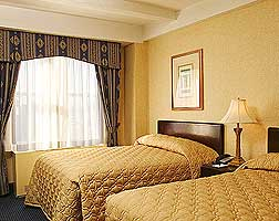 Milford Plaza Accommodation 3